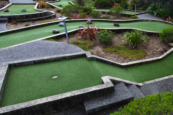 Mini Putt   Prodrive golf   18 hole mini putt courses - Prodrive